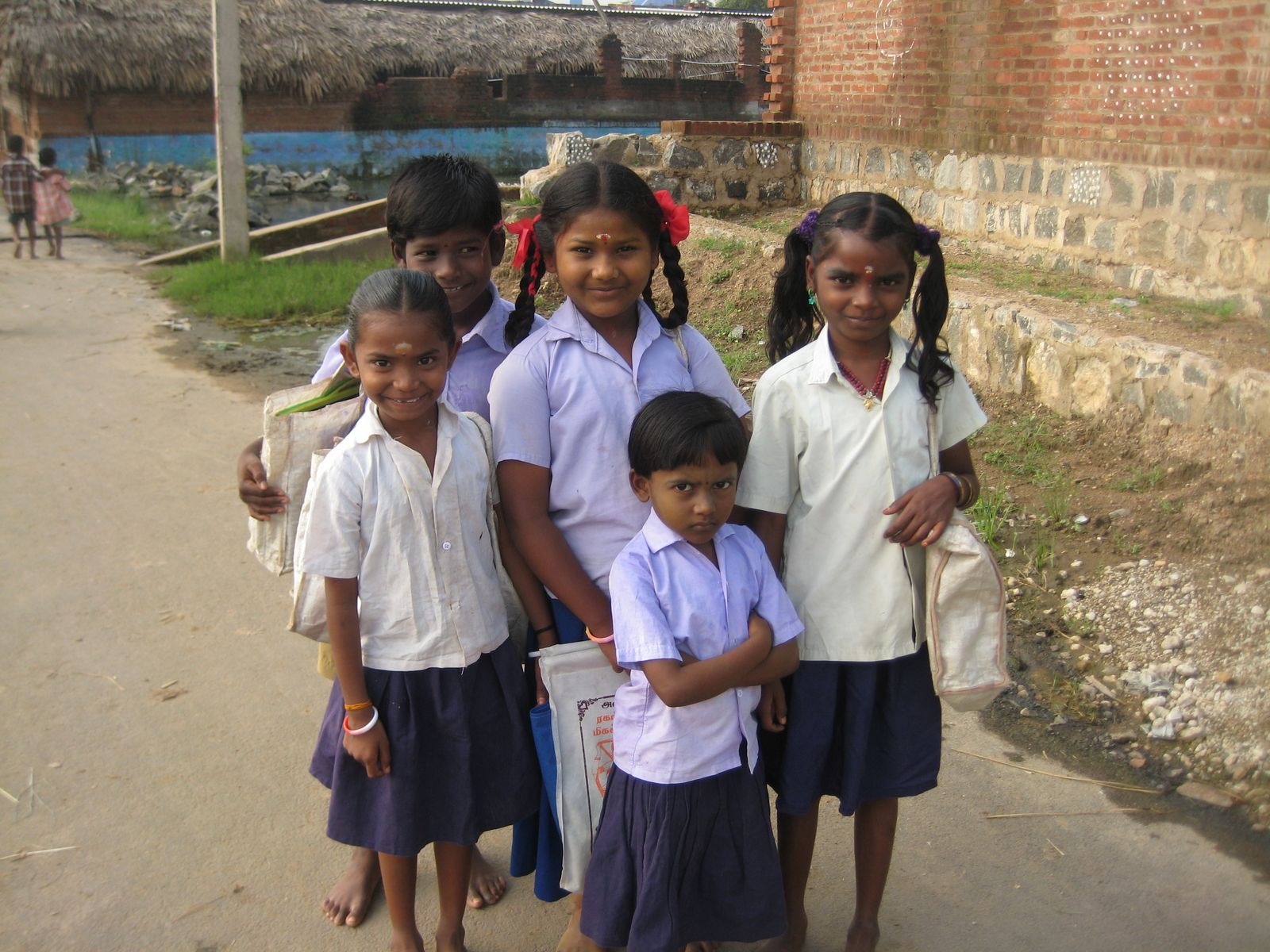 parayar_school_children